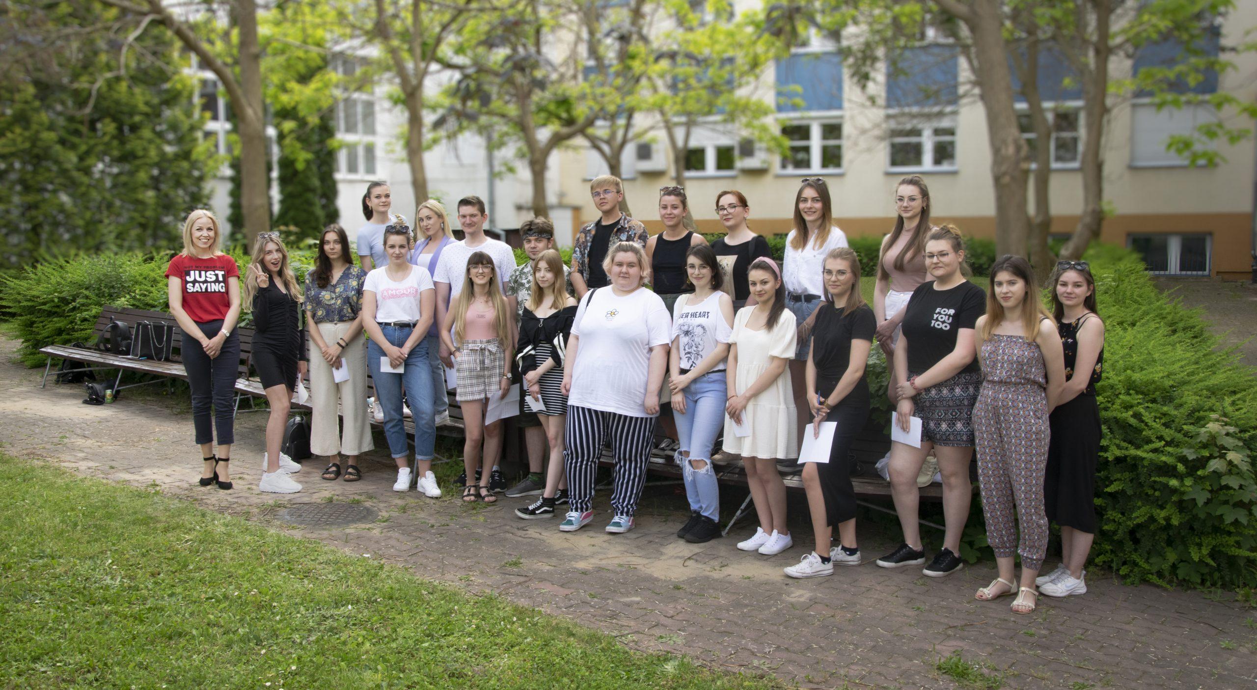 Zdjęcie grupowe uczestników warsztatów z networkingu