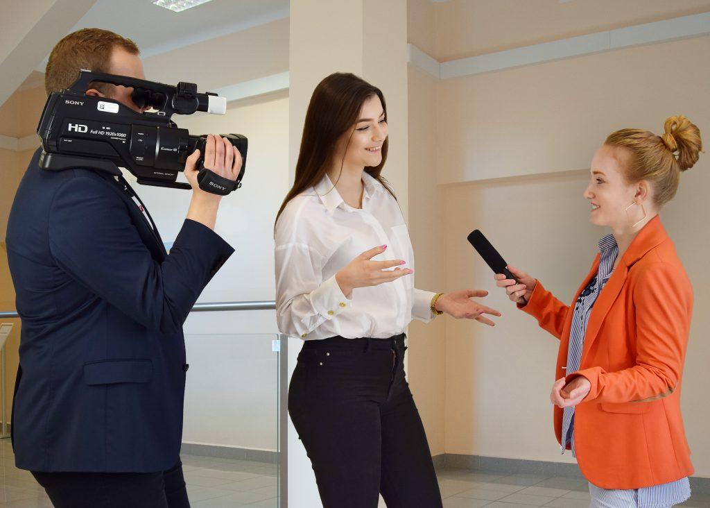 studenci nowych mediów
